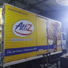 Caminhão baú corrugado