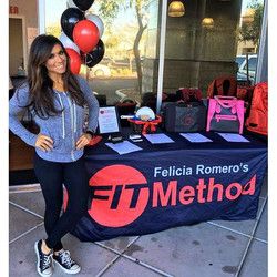 We had an awesome event today at Felicia Romero's Fit Method ❤ Bunzies Tanning was on site doing air