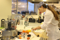 Keen Young Cooks