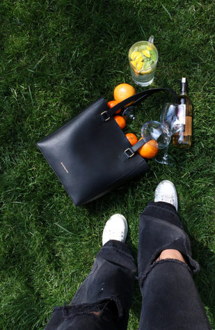 Urban Picnic with Black Token Tote
