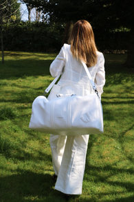 Weekender in all white
