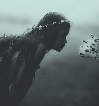 fille fleur.jpg