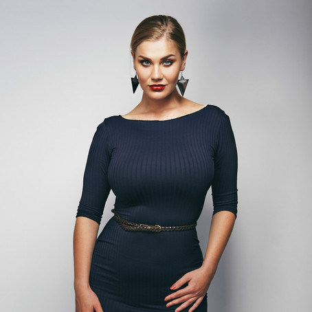 Making a Stand for Women with Curves