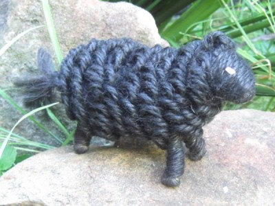 Jute Black Sheep assorted