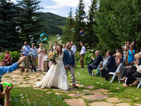 Wildflowers and Bubbles for a Crested Butte Wedding