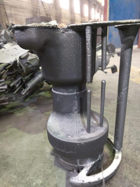 Отлита деталь из стали в песчаную форму, отпечатанную на АТ700