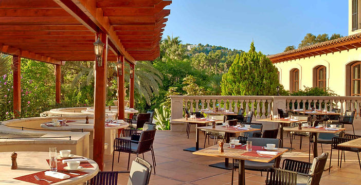 restaurant es carbo terrace sheraton mal
