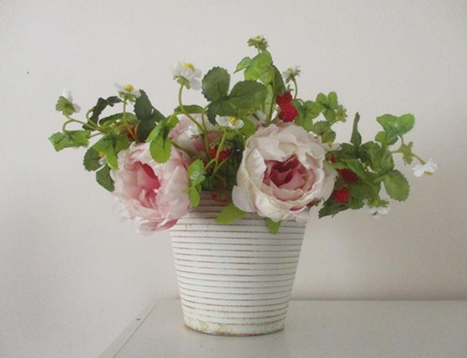 peony and rasberries0154.JPG