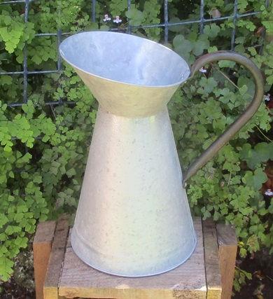 flower pot 3.JPG