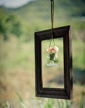 Vintage-Wedding-Décor-Idea-Flower-Jar-Fr