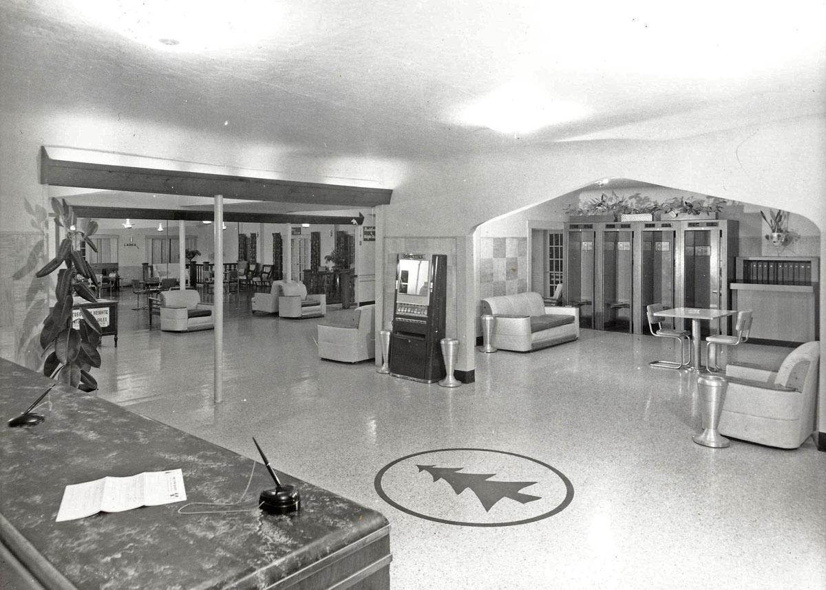 lobby1950