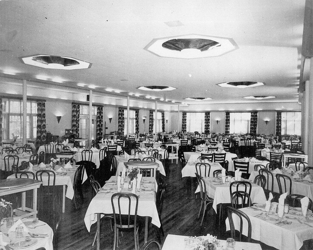 Dining1960