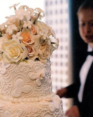 soc_weddingcake_1.jpg