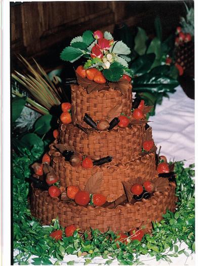 Basketweave grooms cake.jpg