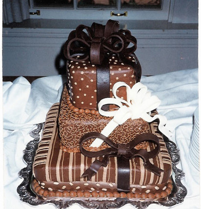 Choc pkg cake three tier.jpg