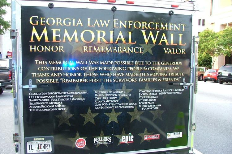Travelling Trailer to Honor Fallen.jpg