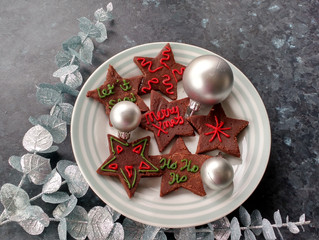 Fun Christmas Stars that kids can decorate!