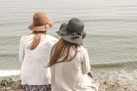 beach-1868132_1920.jpg