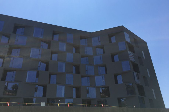 Condos in hulking Sunset Strip complex will become extended-stay hotel instead