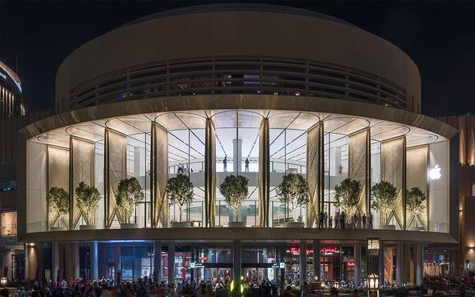 Foster's Apple Dubai Mall opens to visitors