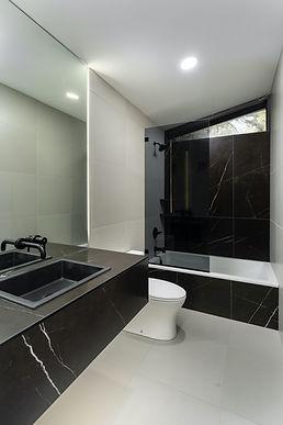 modern bathroom renovation remodel inter