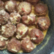 Chickpea and beetroot _meatballs_ with c