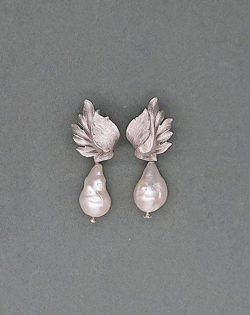 Vintage Trifari with freshwater pearls