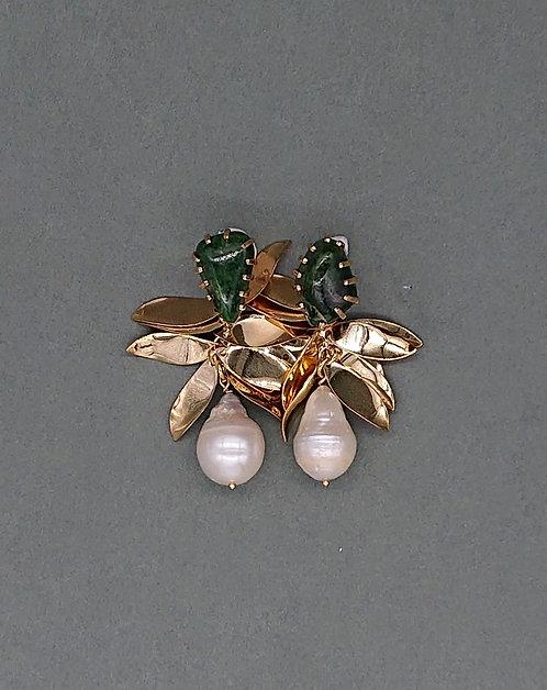 Vintage earrings with freshwater pearl teardrops