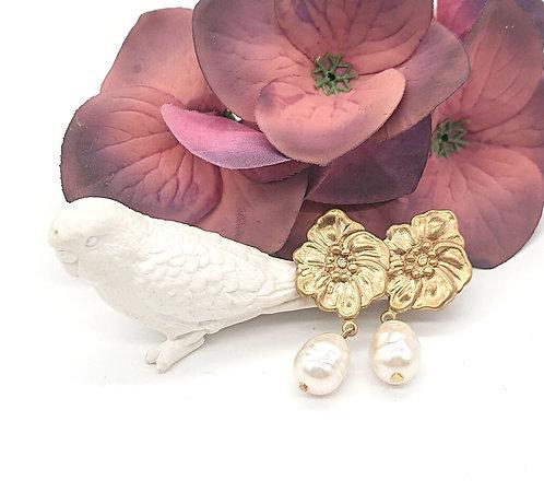 Vintage style floral clipons