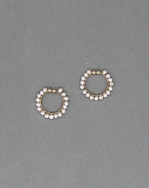Clipon loops with freshwater pearls