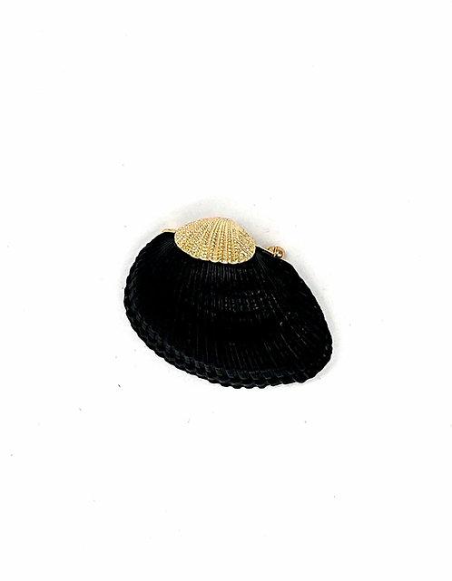 Black seashell brooch