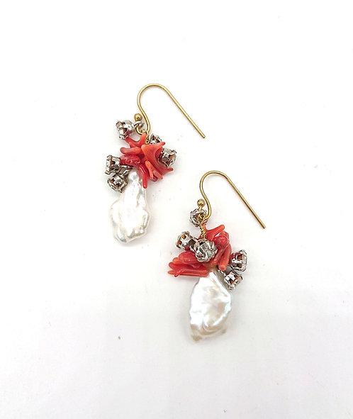 Freshwater pearl hook earrings