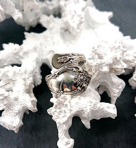 Oneida sterling spoon ring