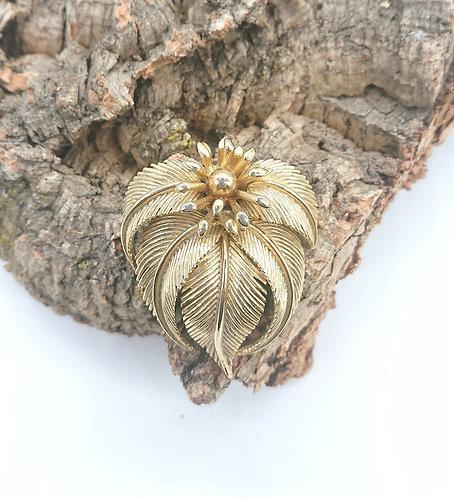 Lisner leafy brooch