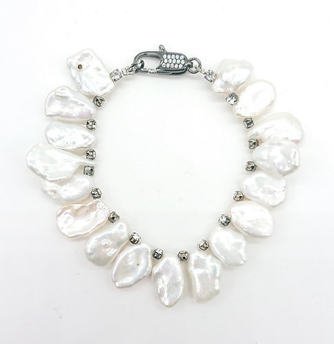 Freshwater pearl and rhinestone bracelet