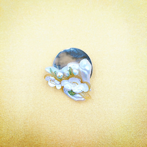 Kyoto cherry blossom with freshwater pearl brooch