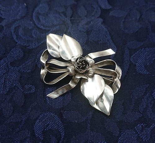 Hobe sterling brooch