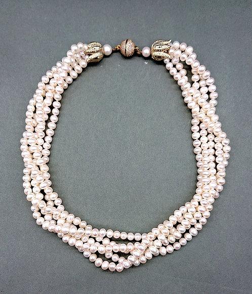 5 strands freshwater pearl choker