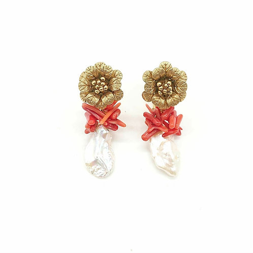 Vintage Kramer with pearl and coral