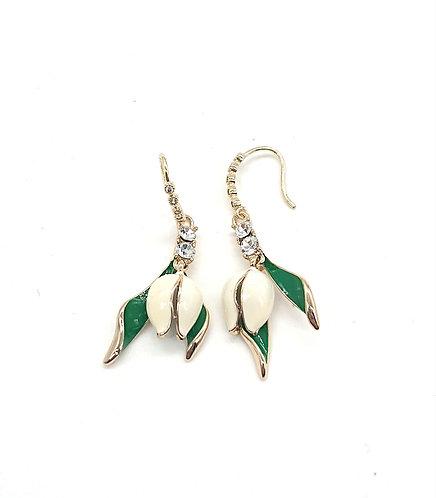 Tulip hook earrings