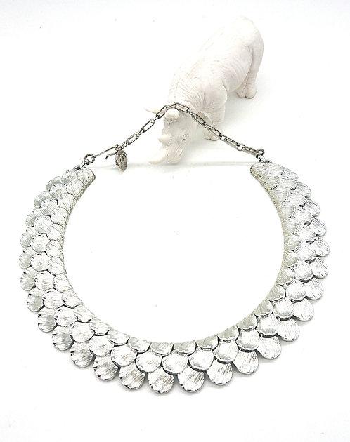 Vintage Lisner collar