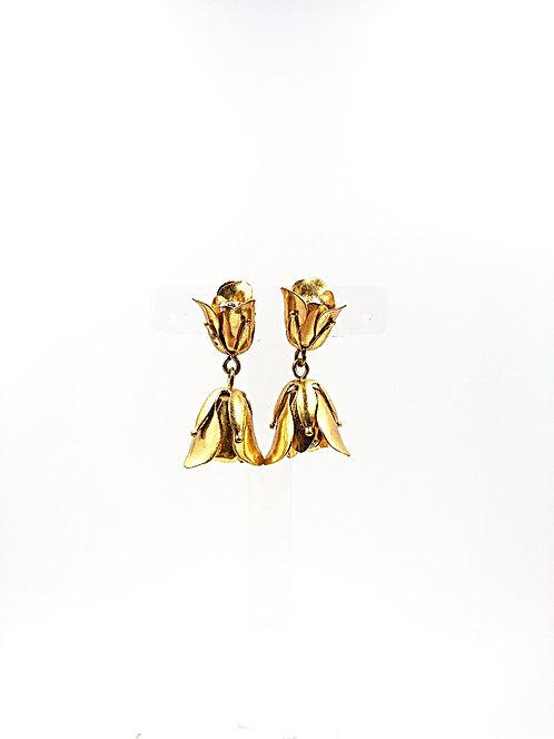 Brass flower clip on