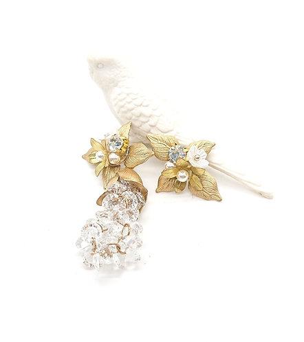 Flower with dangling crystal earrings