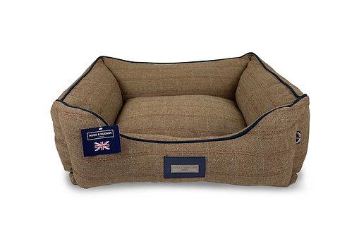Hugo & Hudson Brown Checked Tweed Dog Bed