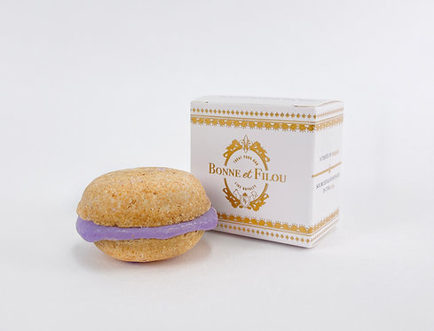 Bonne et Filou Lavender Dog Macaron(s)