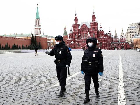 Минздрав: в России началась третья волна коронавируса