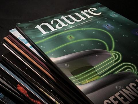 «Спутник V» похвалили в самом престижном научном журнале мира