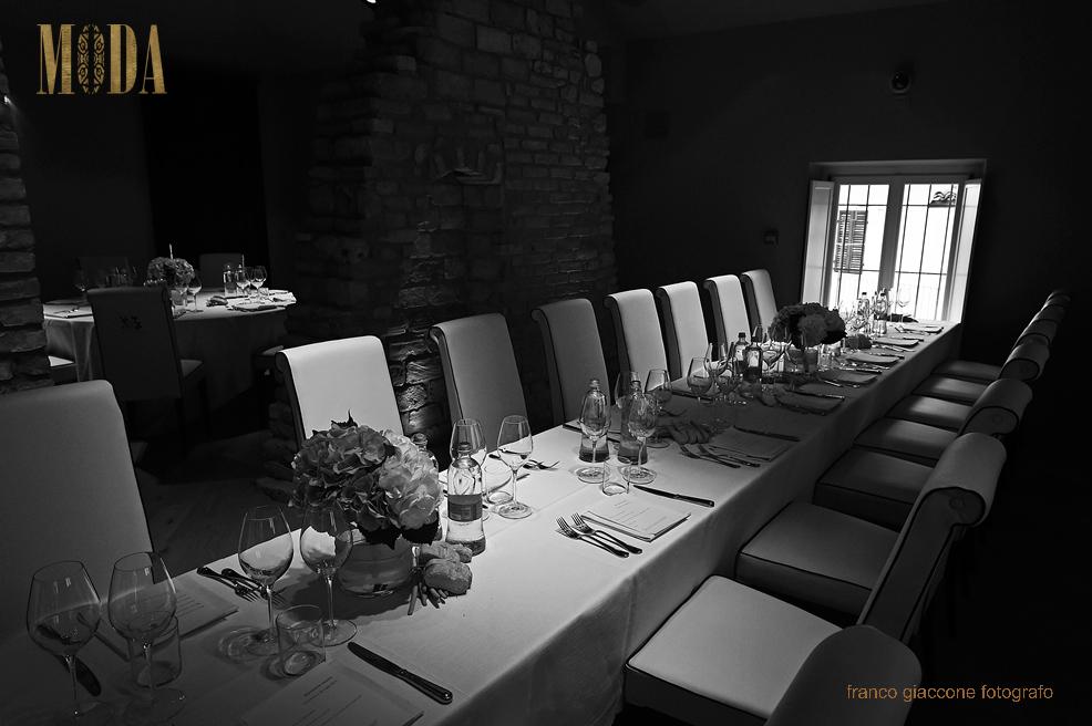 tavolo ospiti B/W