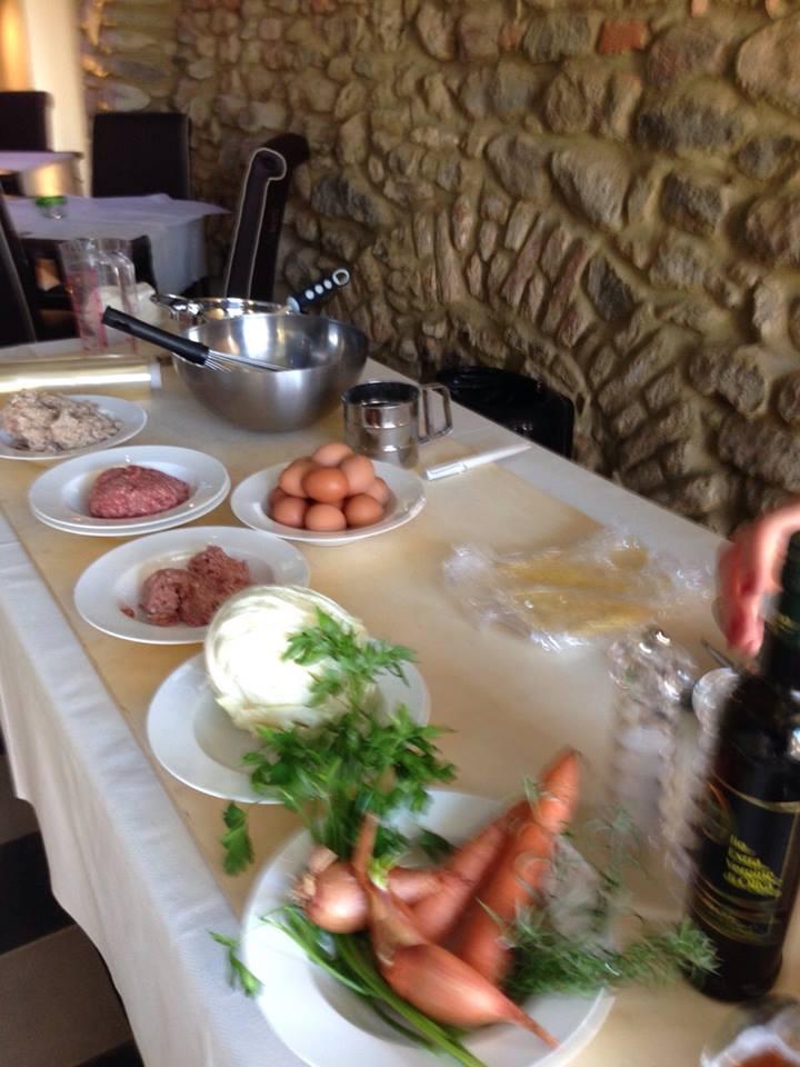 Scalogno, uova, carne...