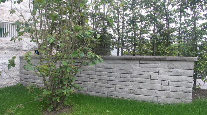 Sandsteinmauer Hohenegg Meilen 1.JPG